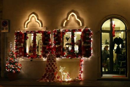 Addobbi natalizi a Venzone - Foto di Mauro Urli